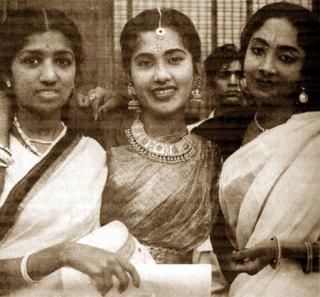 Lata Mangeshkar | Lata Mangeshkar Rare Pictures | Real Life Unseen Pictures of Lata Mangeshkar